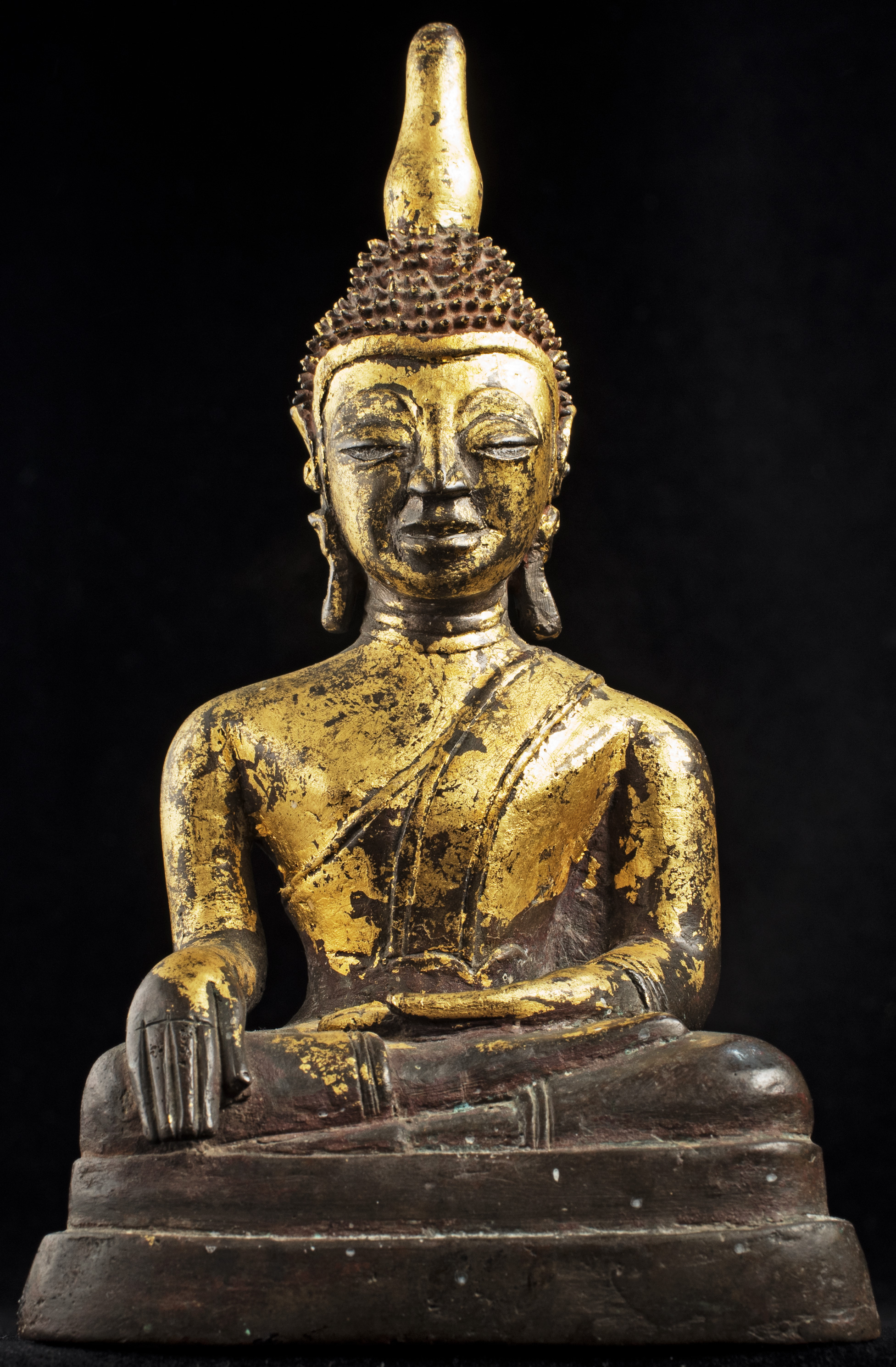 Cambodia Presses U.S. Museums to Return Antiquities - The
